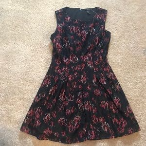 Forever 21 small laced floral dress